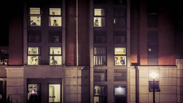 十佳景观作品《窗里窗外》(单幅),作者:影像工程师团队(郑桐、姚永芳)